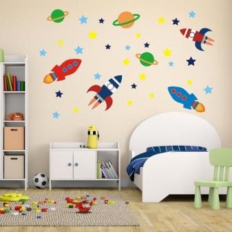 mẫu tranh trang trí phòng ngủ của bé